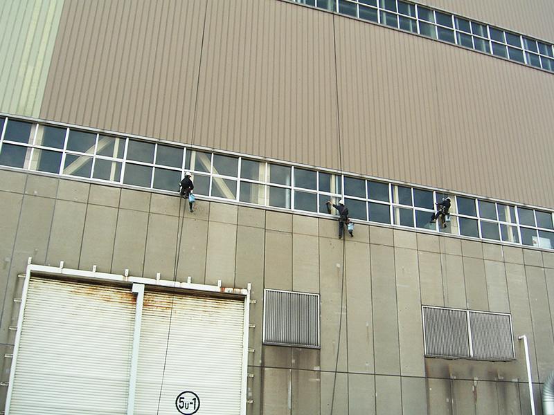 火力発電所のブランコ作業